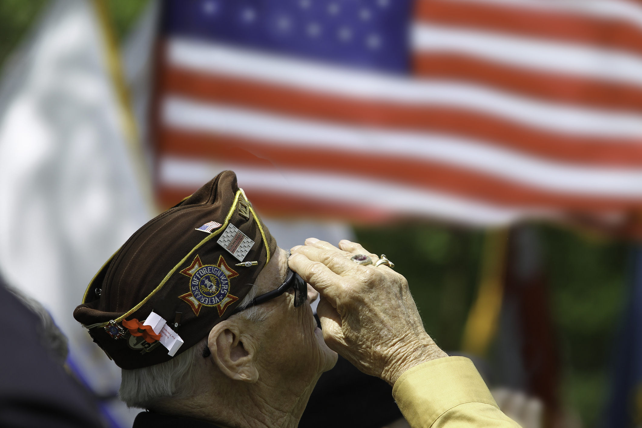 Veteran Salute Jewish War Vets...